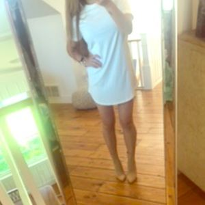 Dresses & Skirts - White T-shirt dress